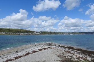 Photo view over Looe Island's main beach